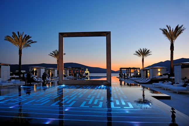 20-Amazing-Pools-purobeach-porto-montenegro-pool-bay-of-kotor