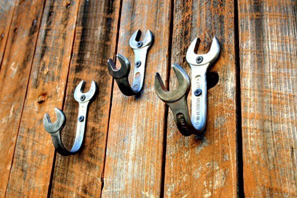 wrenches hooks