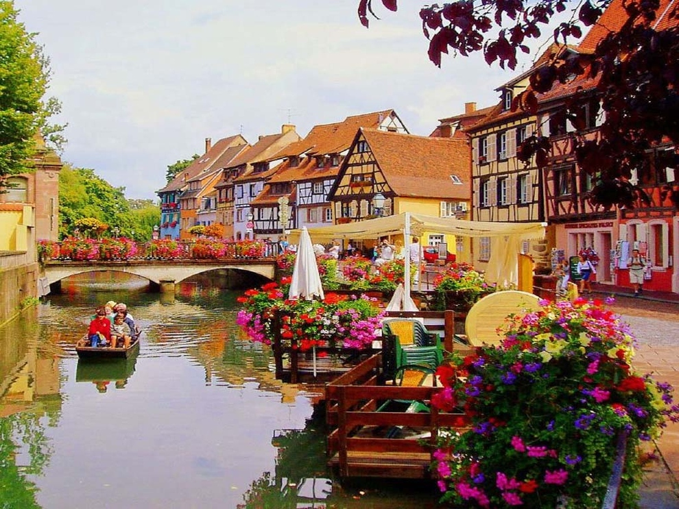 stackliving-places-to-travel-2-colmar-france