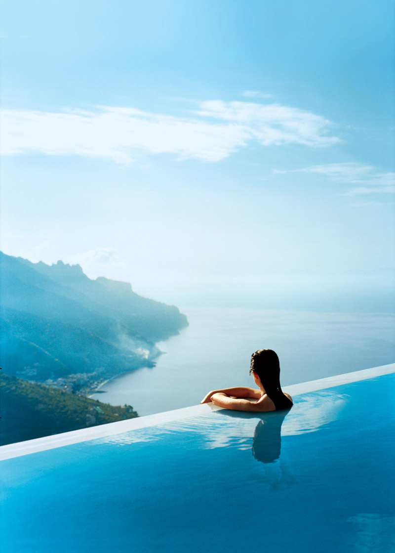 stackliving-places-to-travel-4-infinity-pool