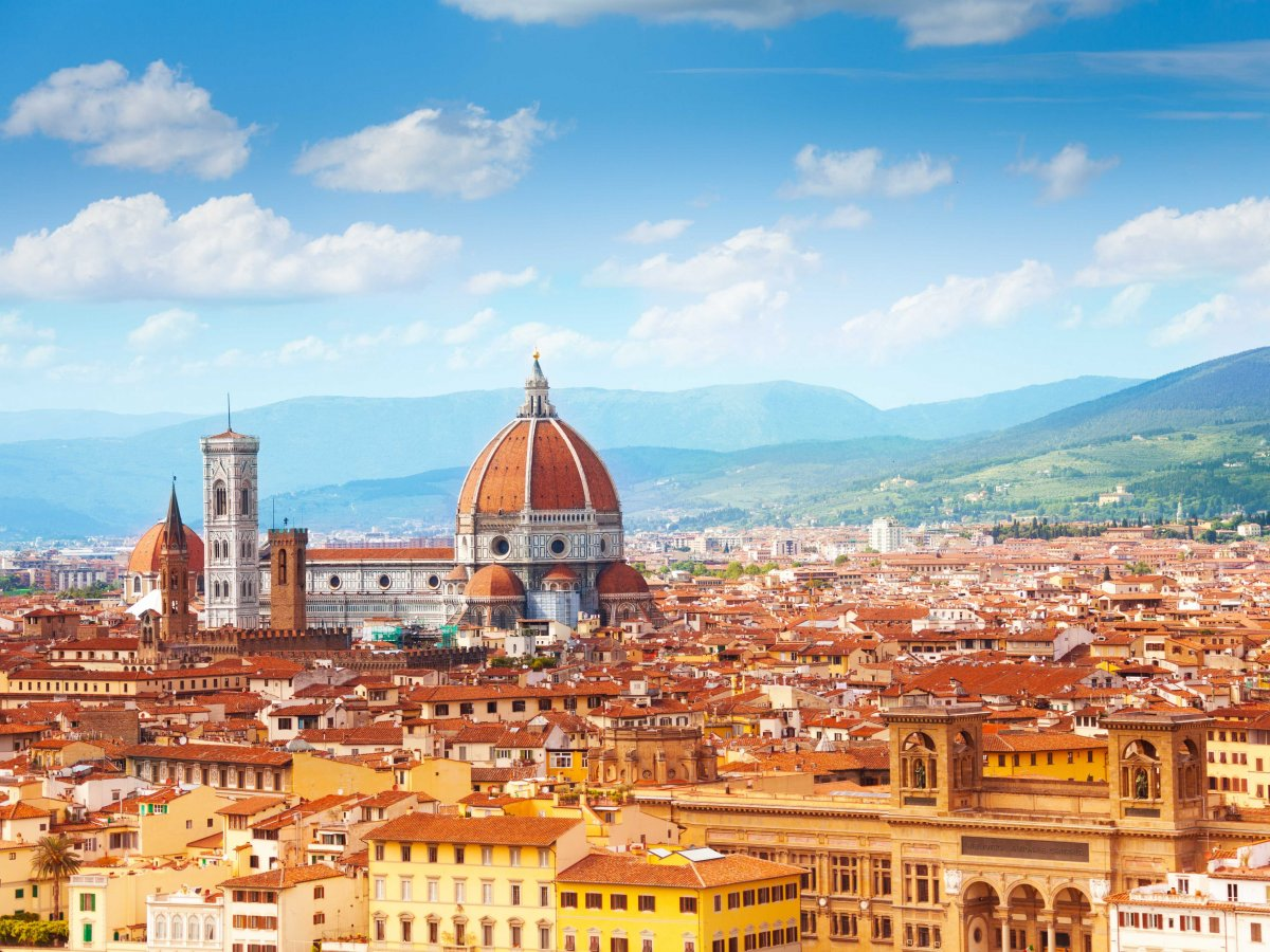 florence-is-famous-for-its-incredible-architecture-many-buildings-here-date-back-to-before-the-renaissance