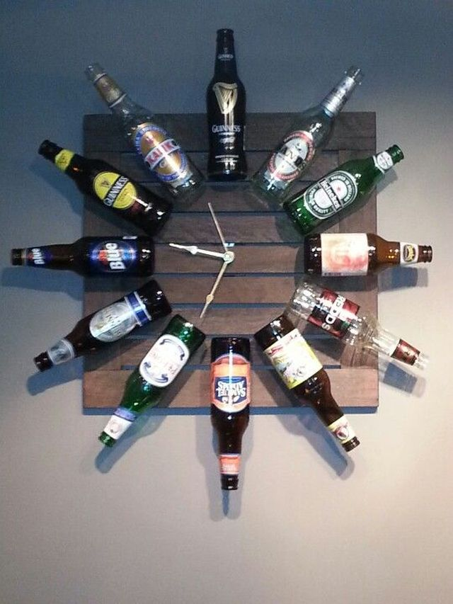 Beer bottles clock
