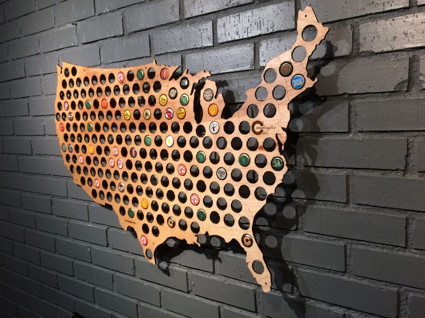 Bottle cap USA map