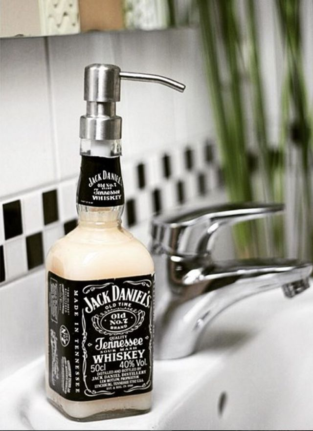Jack soap dispenser