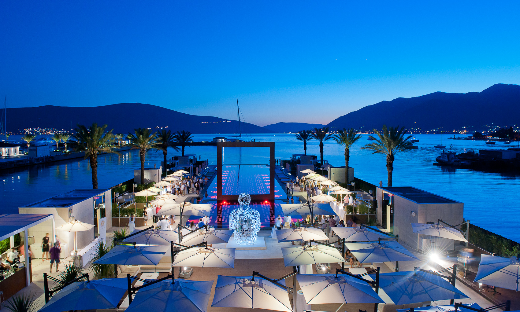 ootd-fashion-world-beach-bars-purobeach-tivat-montenegro-04
