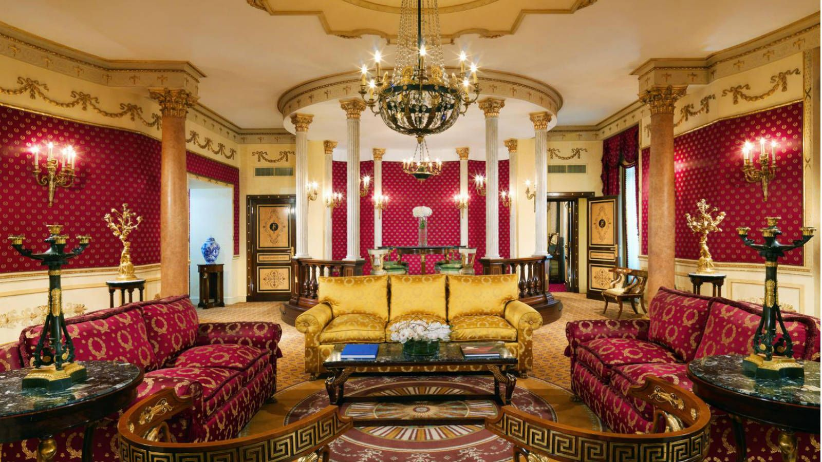stackliving-luxurious-hotels-06-Westin-Excelsior-Rome-01-Imperial-Suite-living-room