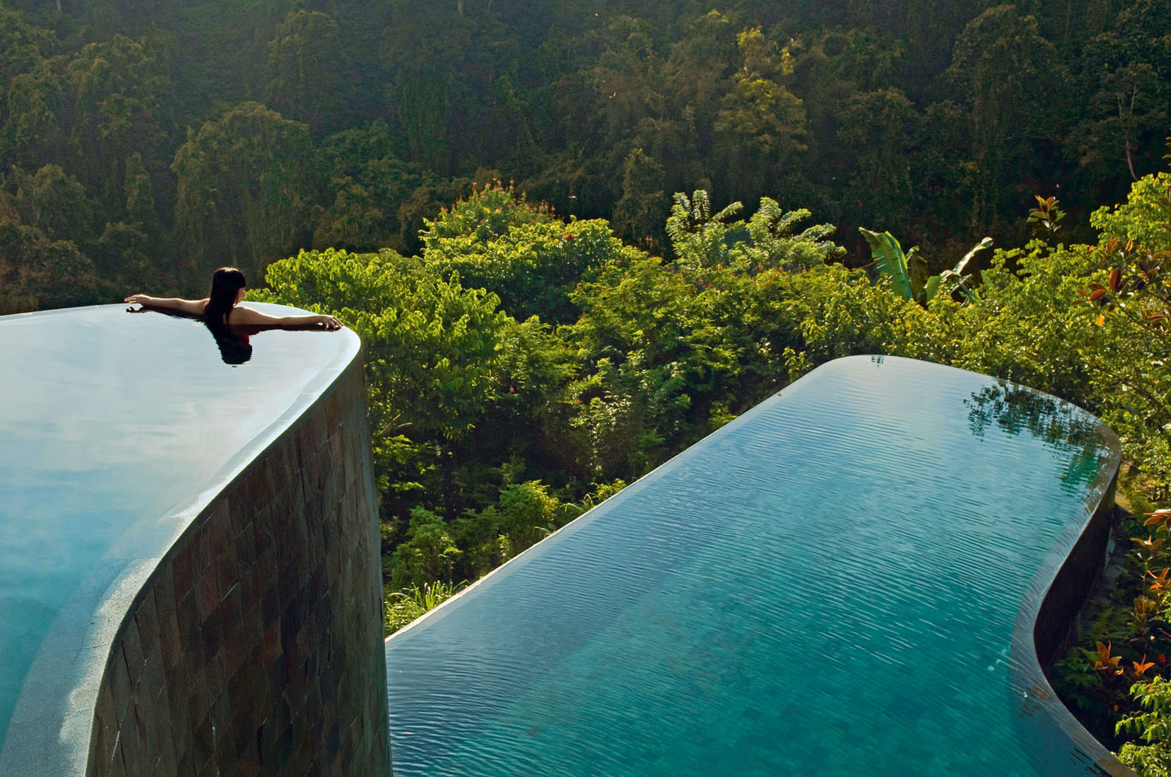 stackliving-most-beautiful-hotels-03-hanging-gardens-of-bali-01-infinity-pool