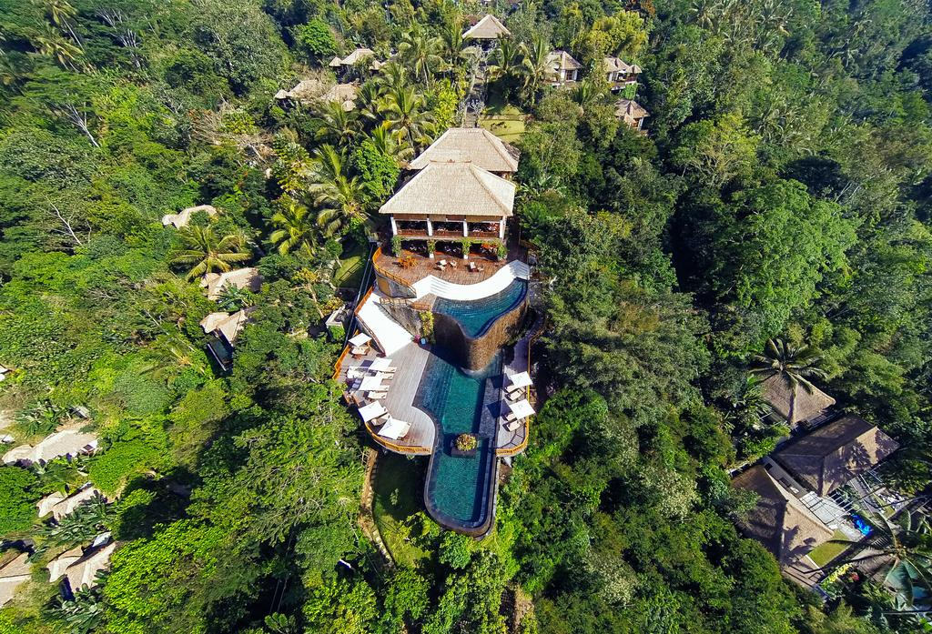 stackliving-most-beautiful-hotels-03-hanging-gardens-of-bali-03-arial-hotel-view
