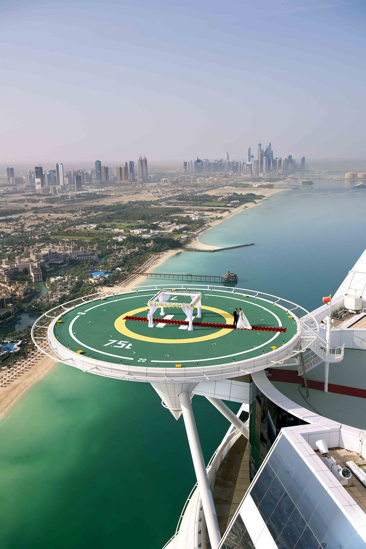 stackliving-most-beautiful-hotels-04-Burj-Al-Arab-Dubai-02-helicopter