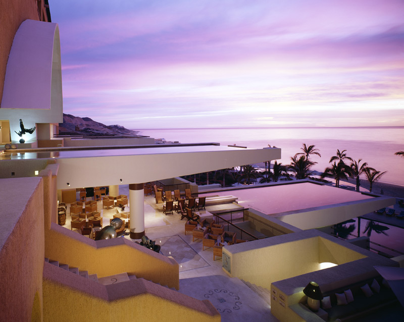stackliving-most-beautiful-hotels-07-secrets-marquis-los-cabos-mexico-01