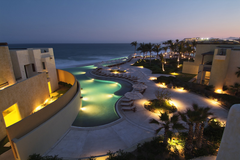 stackliving-most-beautiful-hotels-07-secrets-marquis-los-cabos-mexico-03