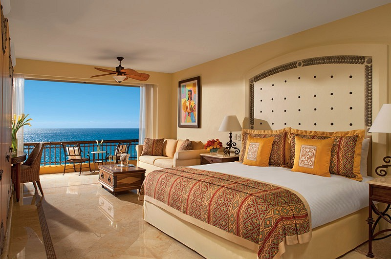 stackliving-most-beautiful-hotels-07-secrets-marquis-los-cabos-mexico-07-hotel-suite